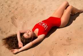 Alina Zaslavskaya, women, Grigoriy Lifin, closed eyes, sand, tanned, armpitsl, ying on back, women outdoors, one-piece swimsuit
