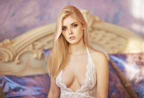 women, Selena Werner, blonde, lingerie, Maxim Maximov, portrait, bed, depth of field