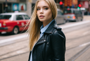 women, blonde, portrait, leather jackets, depth of field, women outdoors