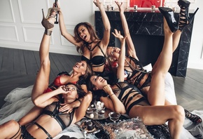 women, tanned, group of women, black lingerie, red lingerie, high heels, sm ...