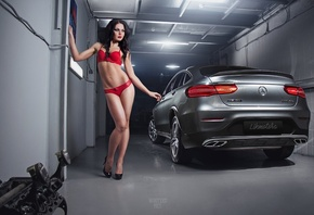 women, brunette, high heels, belly, red lingerie, looking away, car, Mercedes-Benz, red lipstick