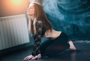 women, kneeling, on the floor, blonde, brunette, yoga pants, belly, red nails, black bras, closed eyes