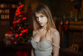women, Alexandra Smelova, Maxim Maximov, blonde, Christmas Tree, depth of field