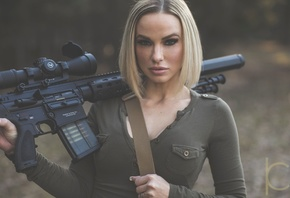 Chris K, girls, with, guns, Cheyenne Mykel, AR-15
