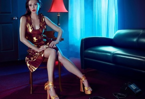 curtains, phone, shoes, makeup, beauty, legs, actress, posing, light, window, Elizabeth Olsen