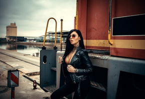 women, sunglasses, boobs, tattoo, leather jackets, train, pants, piercing, black clothing, black hair, women outdoors