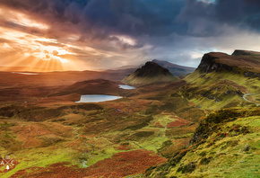rays, light, mountains, the evening, region highland, Scotland, Isle of Skye, hills, the sun, the sky, valley, clouds