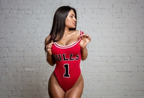 women, Pavel Garasko, tanned, wall, bricks, monokinis, Chicago Bulls, portr ...