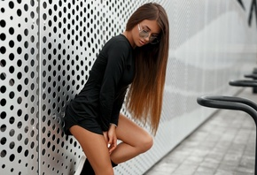 women, tanned, portrait, black dress, women with glasses, long hair, shoes, women outdoors, black clothing, white nails