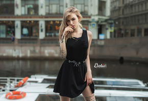 women, blonde, portrait, tattoo, black dress, river, finger on lips, brunette, women outdoors