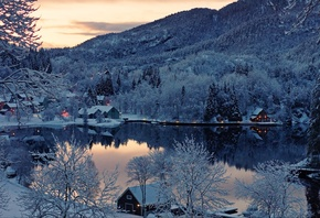 Finland, winter, lake, houses, trees, mountains, landscape