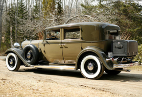 Lincoln, Model KB 4-door, Sedan, 1932