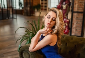women, blonde, blue dress, couch, sitting, portrait, red nails, plants, tig ...