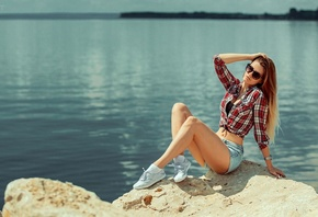 women, blonde, jean shorts, plaid shirt, sunglasses, sitting, sneakers, women outdoors, long hair, White socks