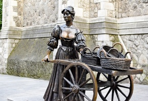 Скульптура, Ирландия, Дублин, Statue of Molly Malone, Grafton street, Корзи ...
