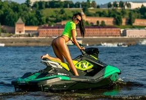 women, sunglasses, brunette, jet ski, women outdoors, crop top, T-shirt, swimwear, bikini