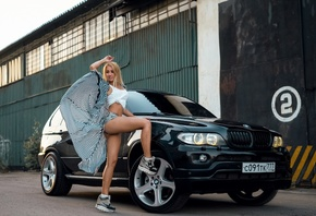 women, blonde, ass, women with cars, sneakers, brunette, smiling, tank top, belly, BMW