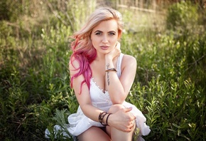 women, blonde, white dress, dyed hair, sitting, portrait, women outdoors, tattoo