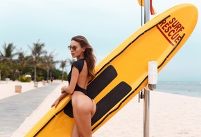 women, ass, brunette, sunglasses, women outdoors, surfboards, one-piece swimsuit, black swimsuit, sea, sand, beach, open mouth