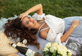 women, Vitaly Skitaev, bottles, dress, grass, smiling, eyeliner, roses, pet ...