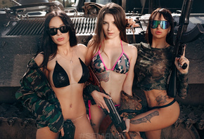 women, Aleksandr Semanin, gun, sunglasses, necklace, bikini, tattoo, pierced navel, tank, camouflage, ass, group of women, strategic covering, belly, women outdoors, military