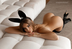 women, nude, Svetlana Semanina, pink nails, ass, couch, kneeling, brunette, ...