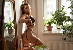 women, mirror, ass, black lingerie, plants, window, reflection, women indoors, brunette, closed eyes, ribs