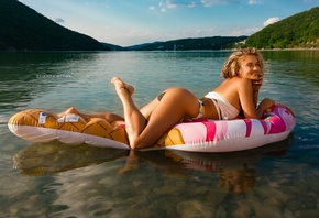 women, blonde, Inflatable Chair, river, women outdoors, Zhenya Stopa, ass, brunette, smiling, tattoo, mountains, swimwear, finger on lips