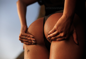 women, hands on ass, painted nails, tanned, Aleksandr Semanin, wet body