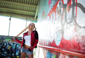 harley quinn, joker, batman, blonde, jeans shorts, model, girl, bate, cosplay