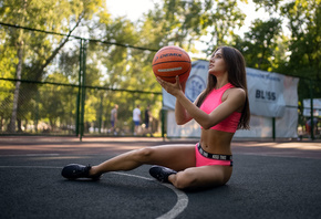 women, basketball court, balls, portswear, brunette, women outdoors, sneakers, sitting, belly, trees