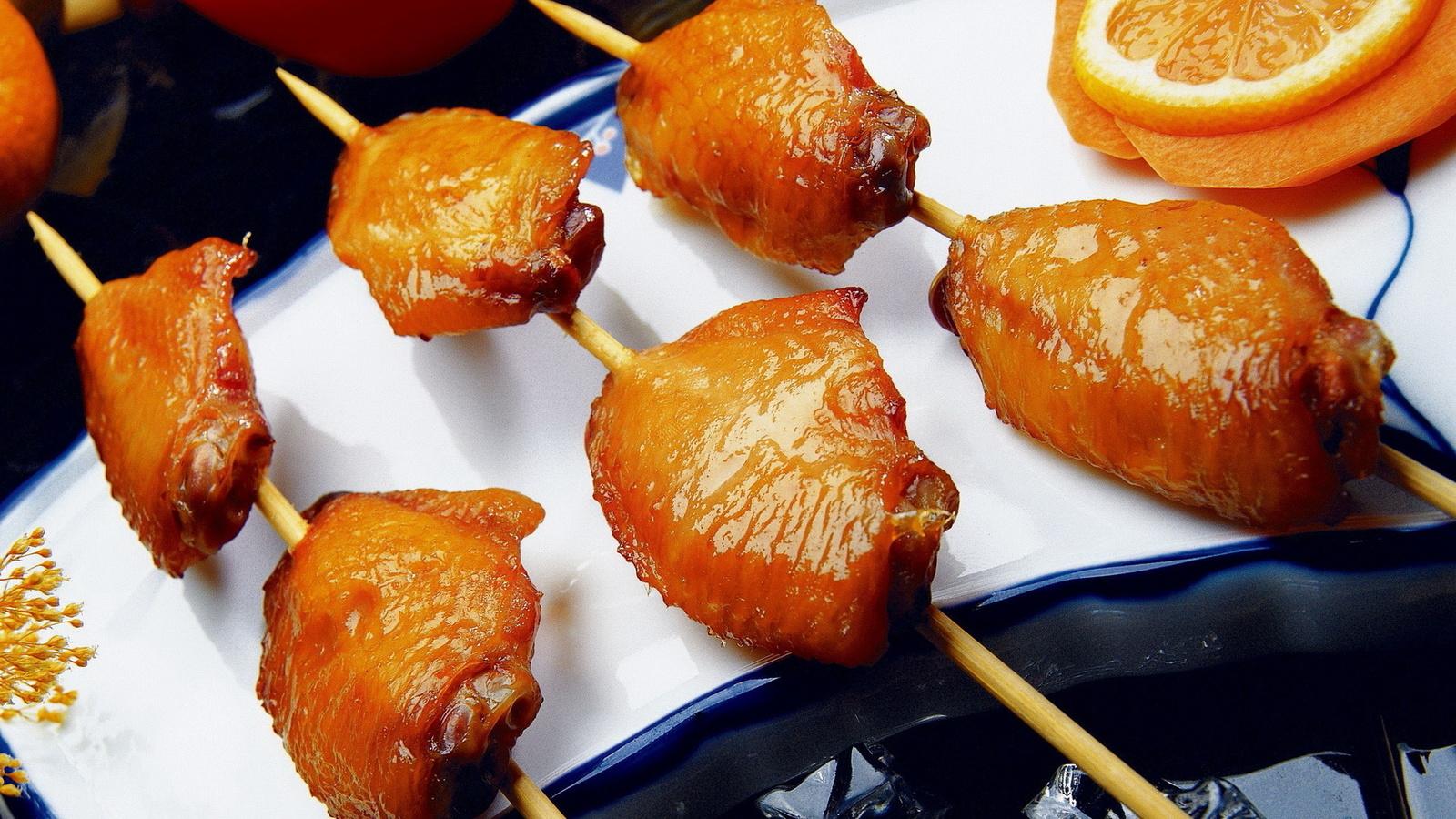 курятина, блюдо, апельсины, зажаренные бедра