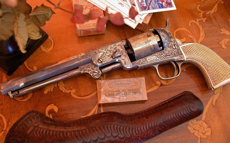 чехол, старинный револьвер, ручная работа, инкрустированная рукоятка