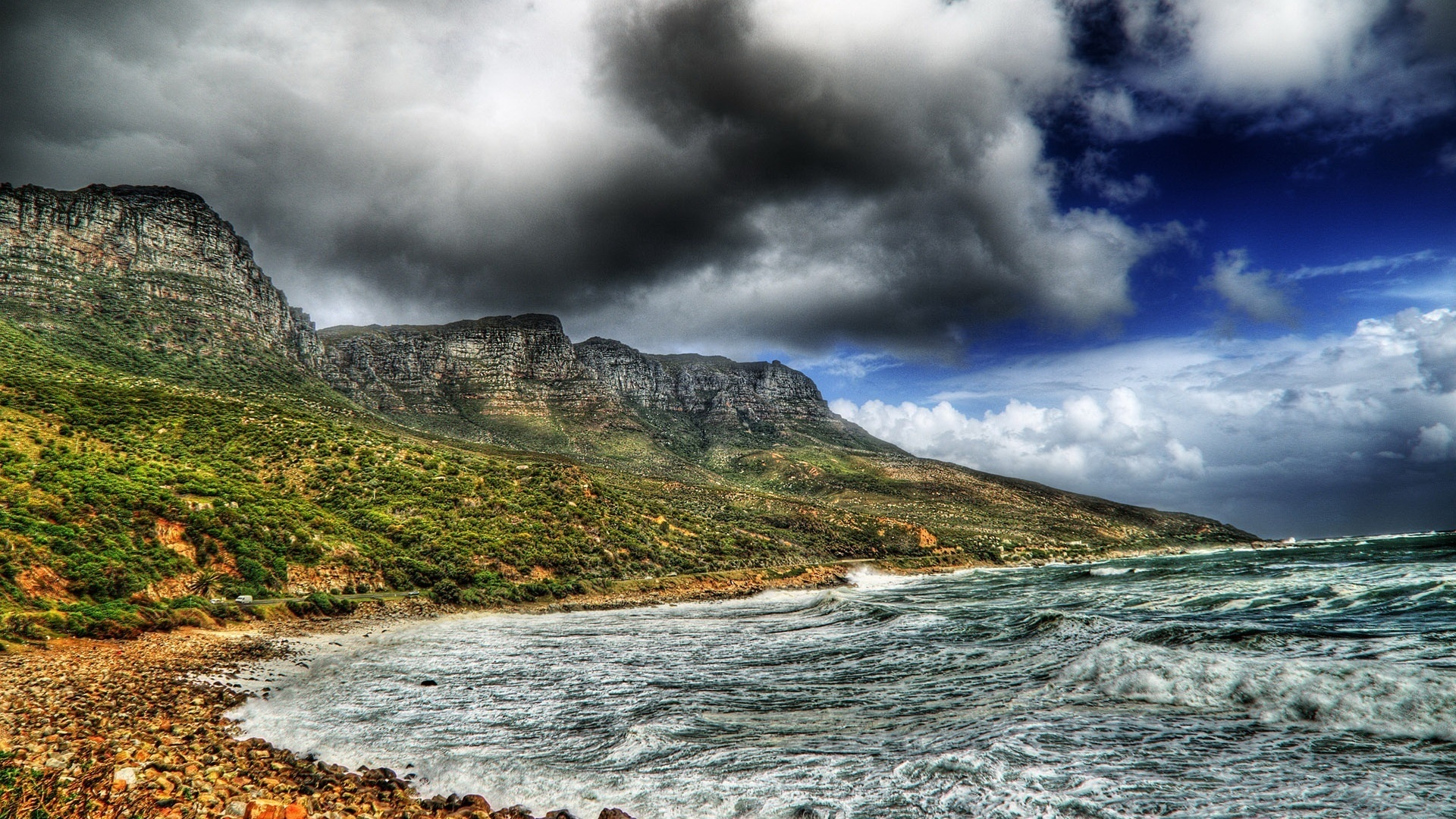шторм, волны, темные тучи, серые горы, небо, облака