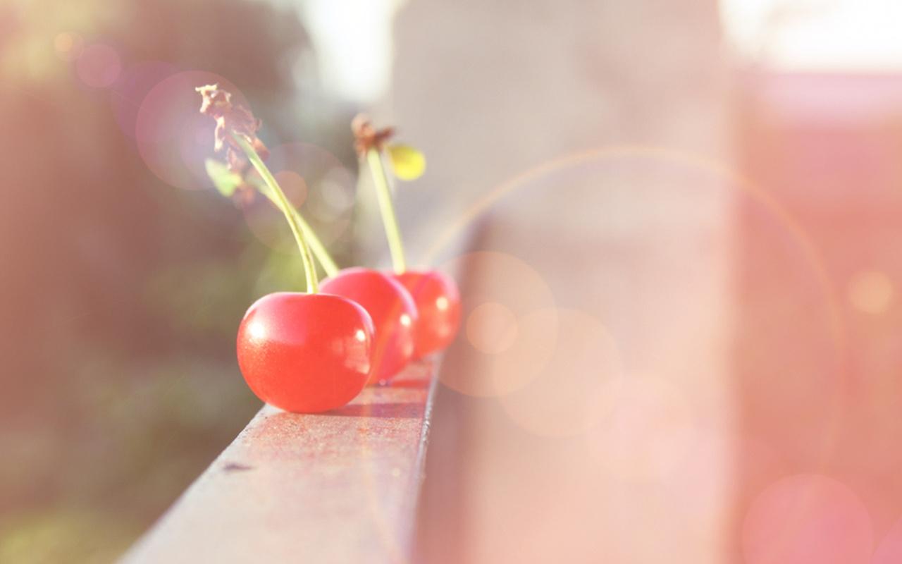 Ягода, фрукт, балкон, свет, лучи, блики, вишня, настроение, cherry