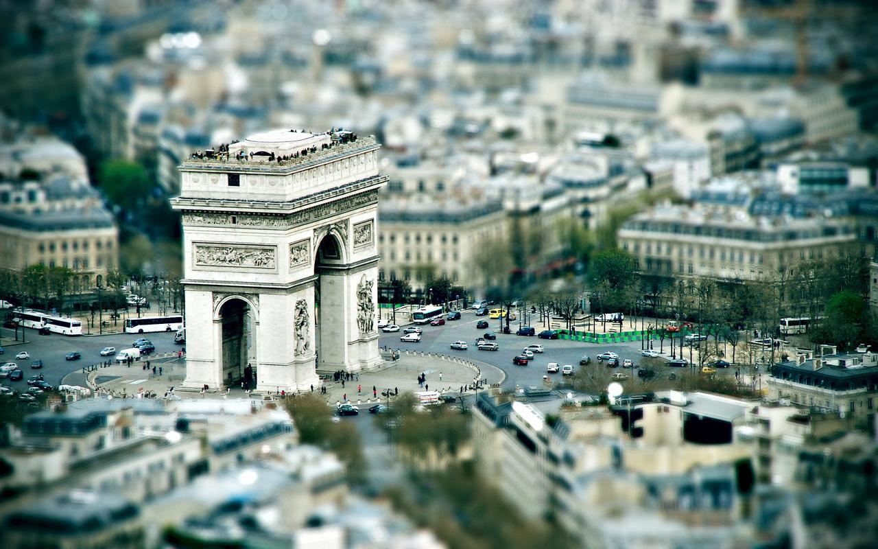 Париж, триумфальная арка, площадь, обзор