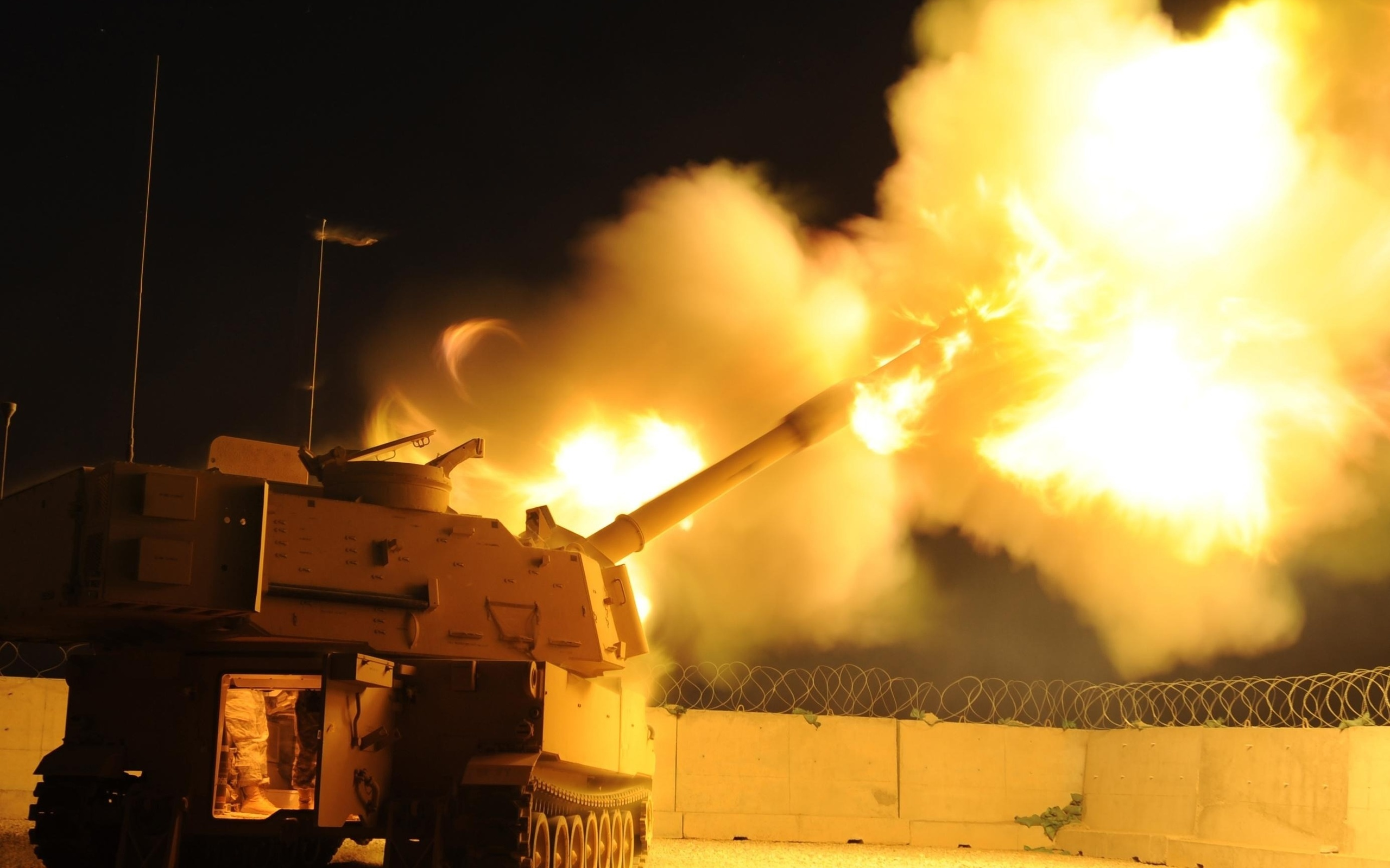M109a2, самоходная, артиллерия, залп, пламя