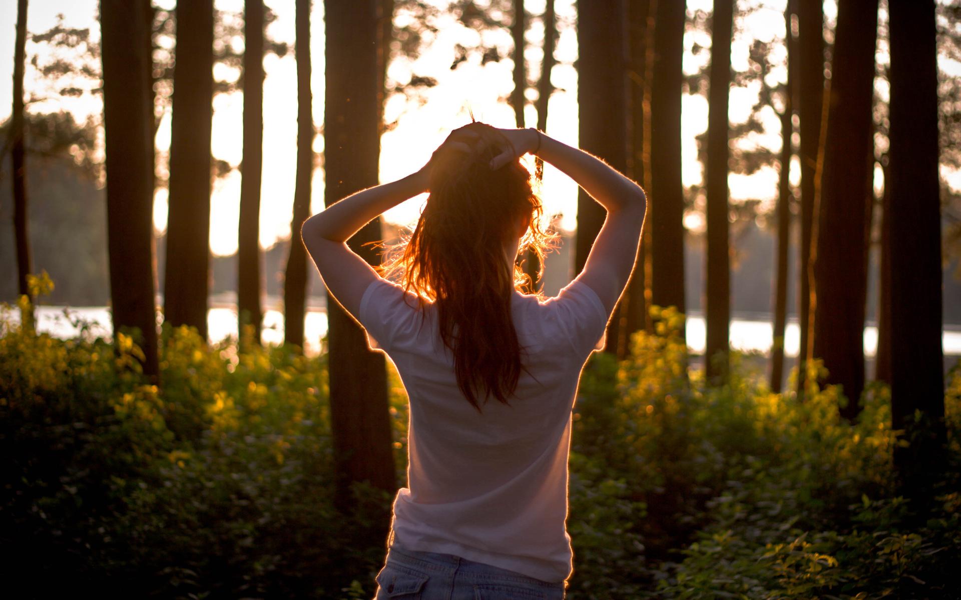 Девушки шатенки со спины — photo 9