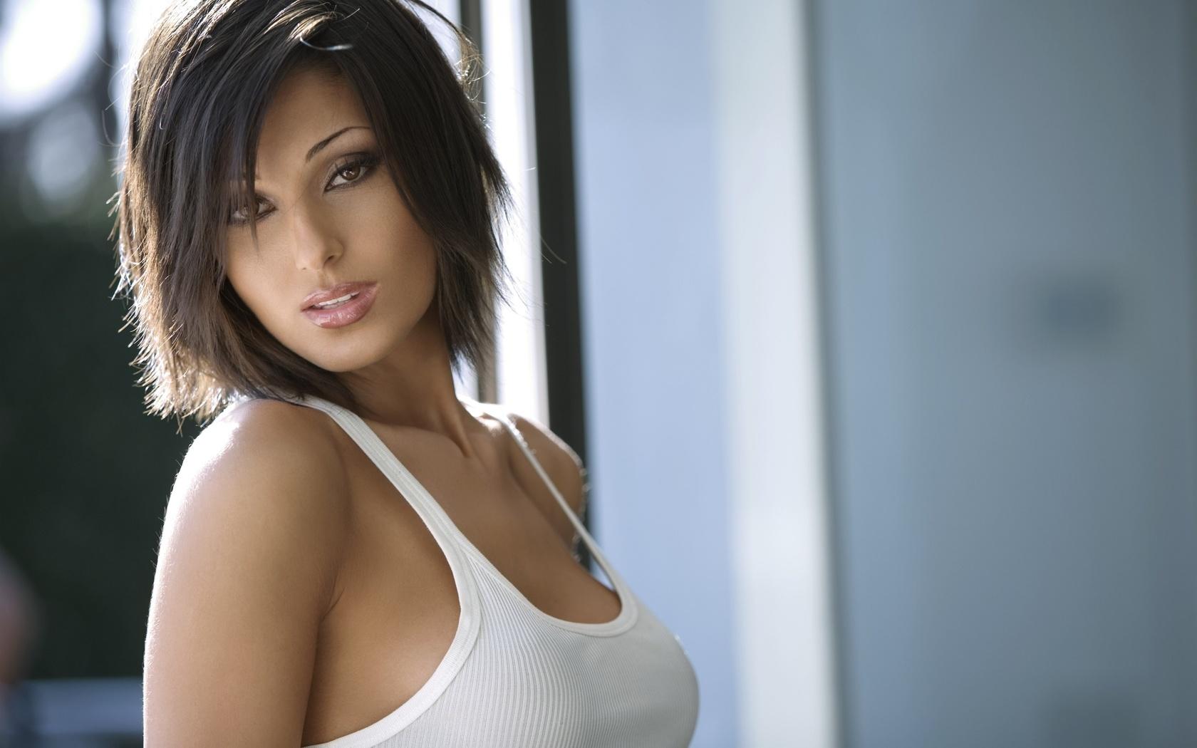 Фото самых красивых грудей девушек, Девушки с очень красивой грудью (45 фото) 25 фотография