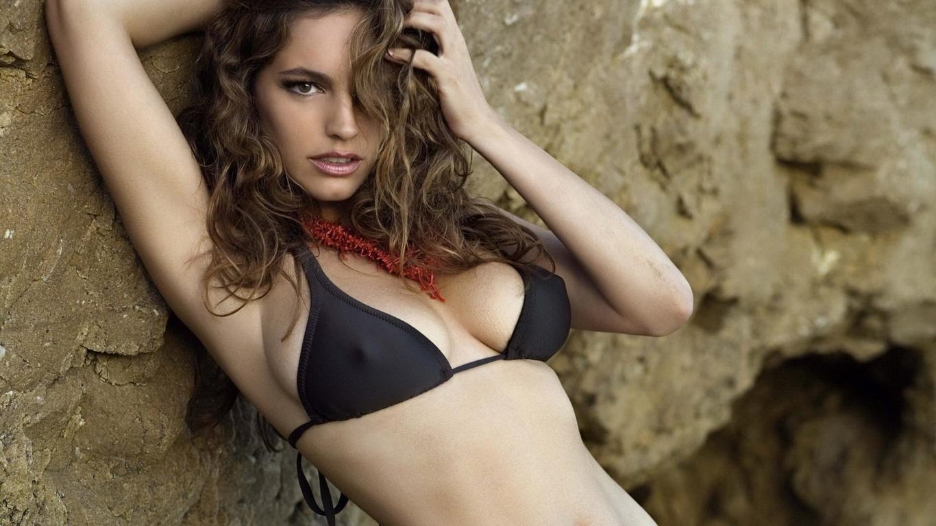 sexy-english-girl-big-tit-cheerleaders-nude