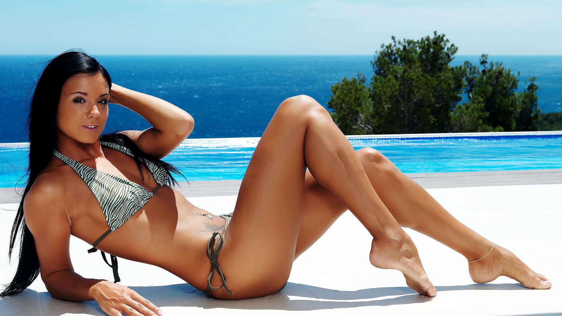 maltese-hot-girls