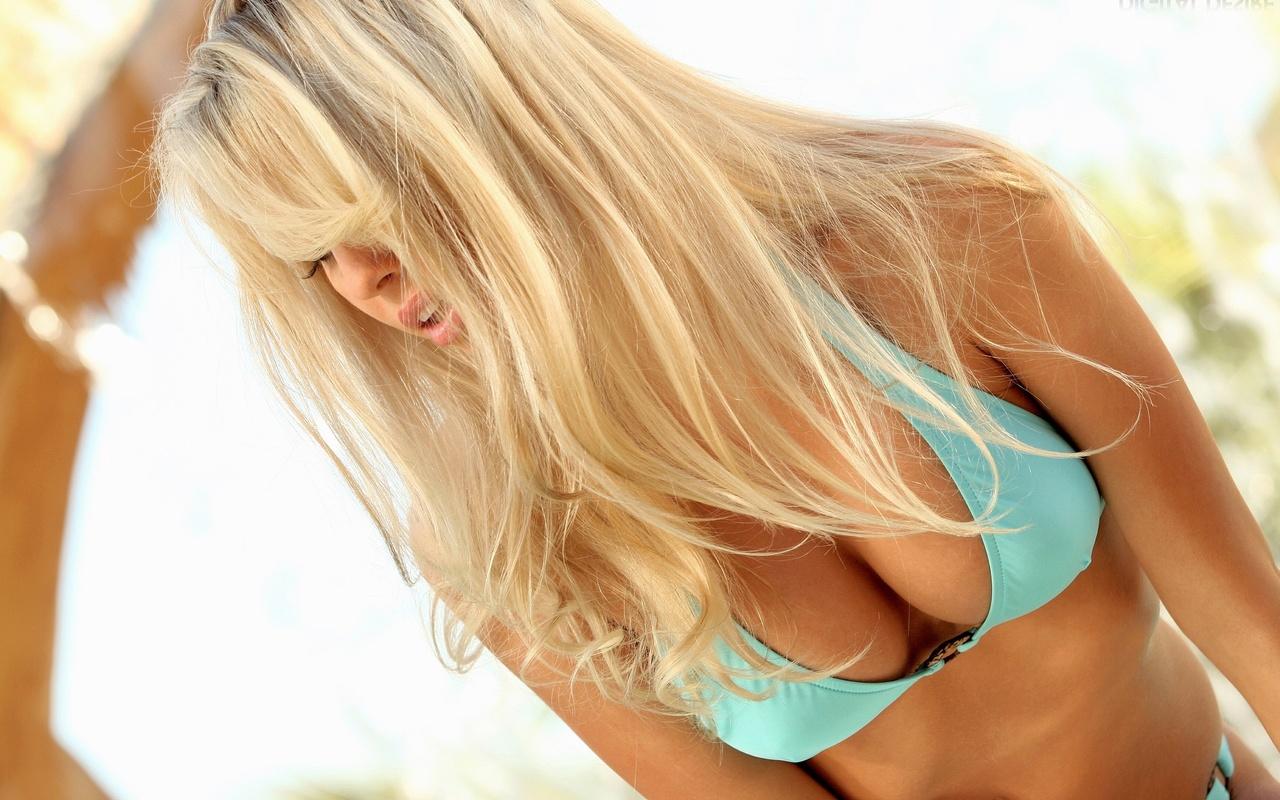 Сексуальная блондинка киев пост