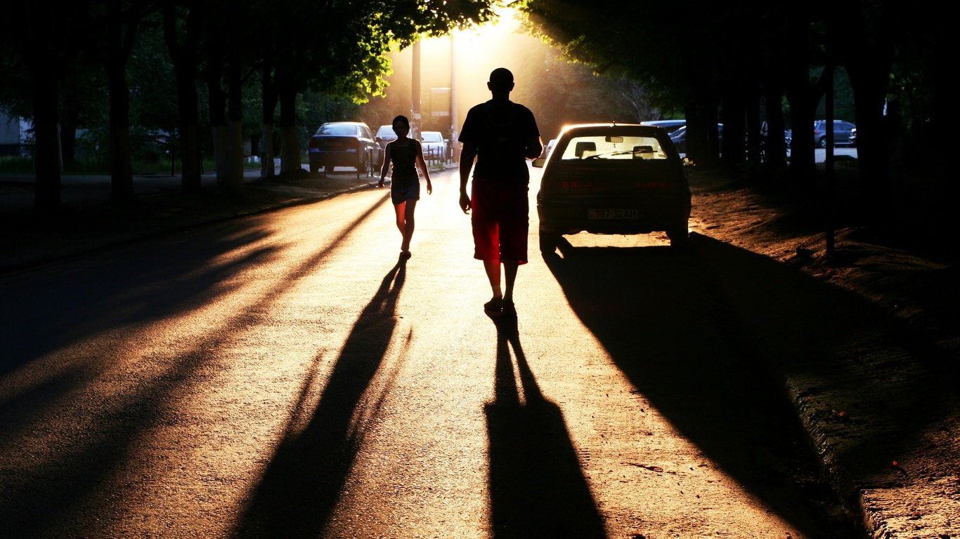 perfect setting, люди, town, Photo, город, тени, улица, автомобили