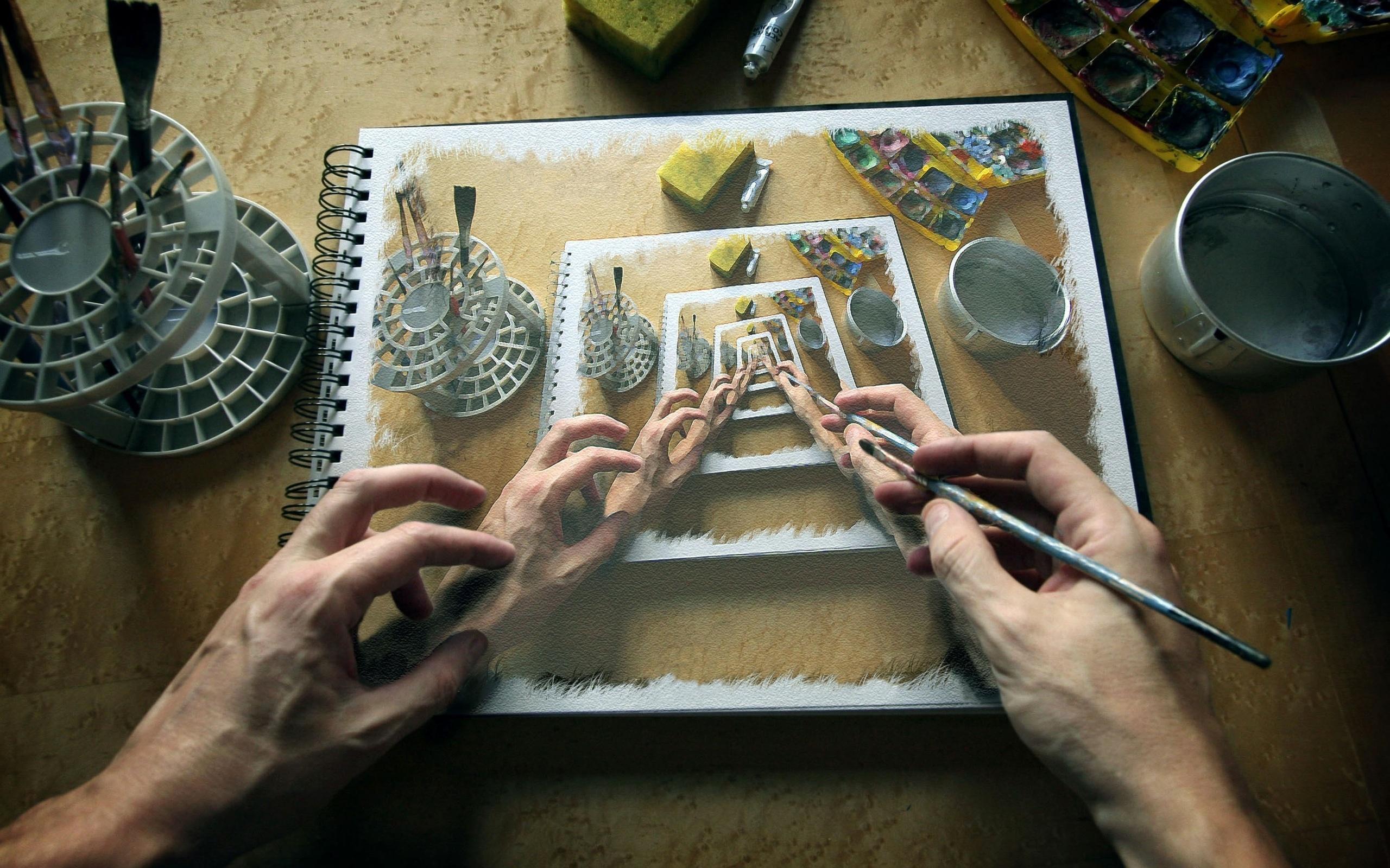 Как называют картинки которые под разным углом меняют изображение, надписи для