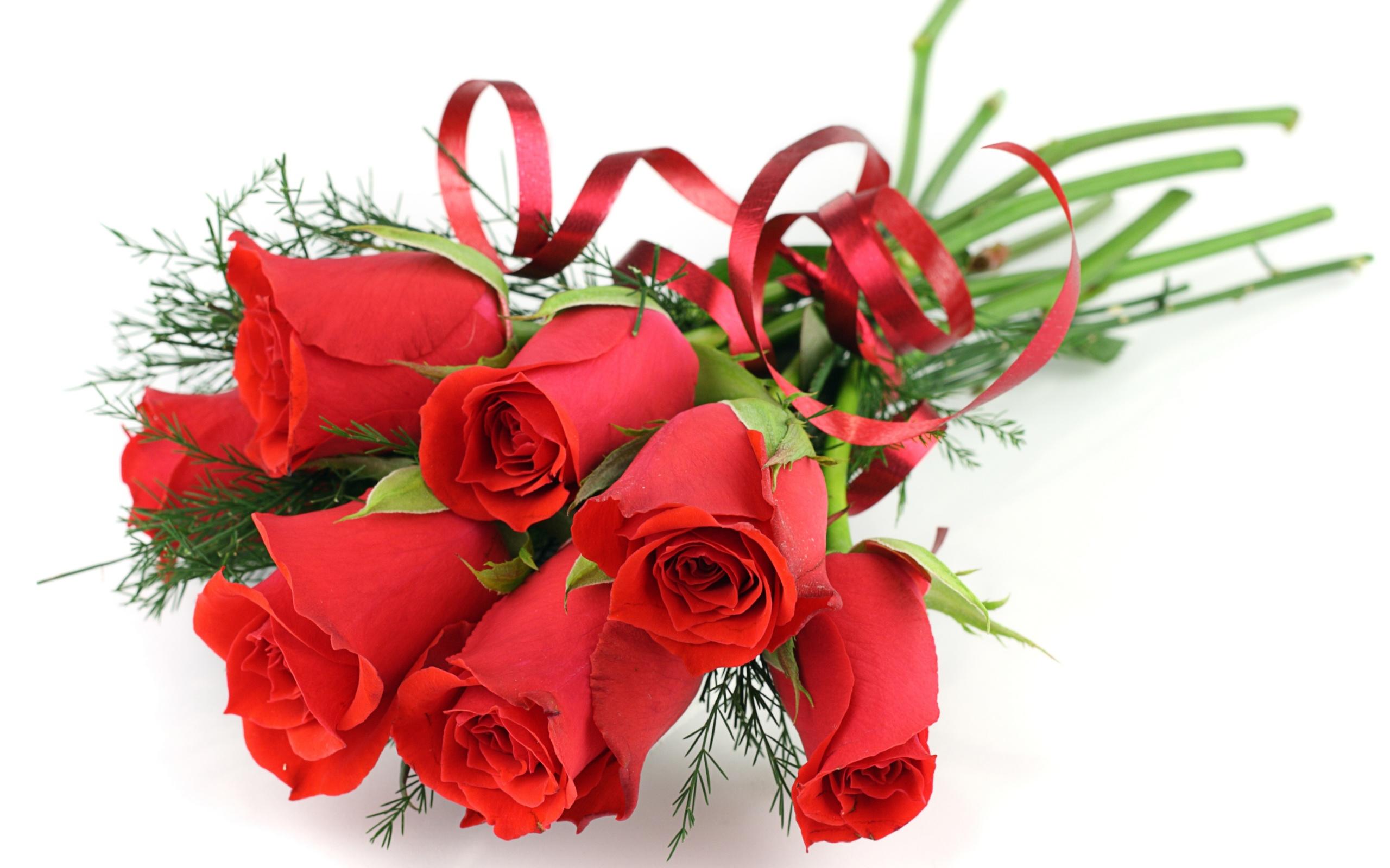 Букеты цветов поздравляю, букет алых цветы