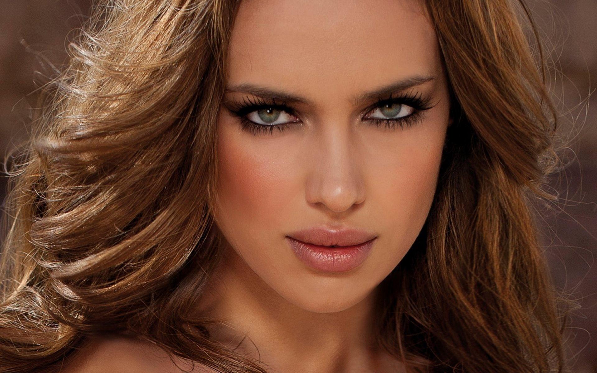Огромные красивые иностранные модели выпали