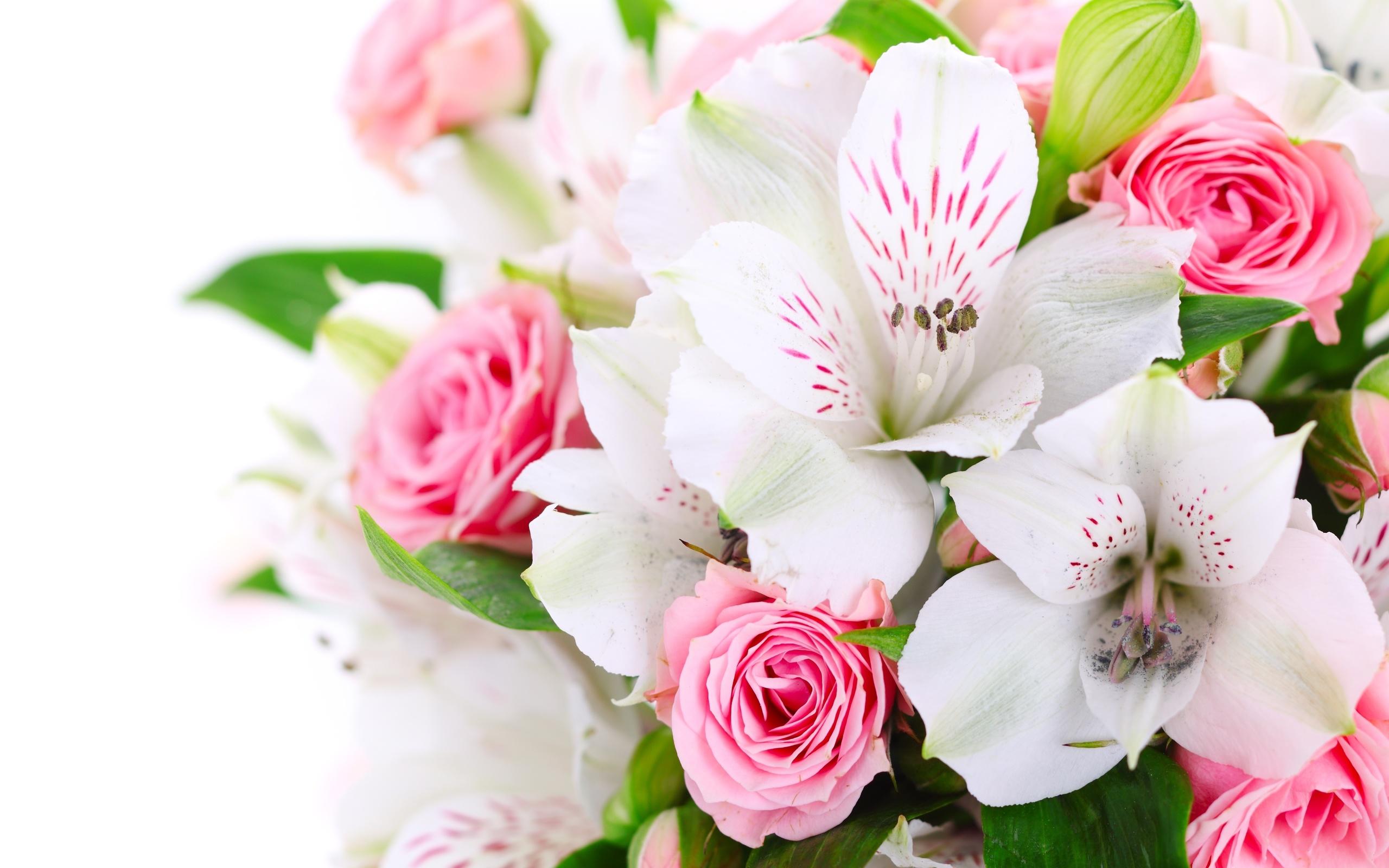 Открытка ко дню рождения цветы