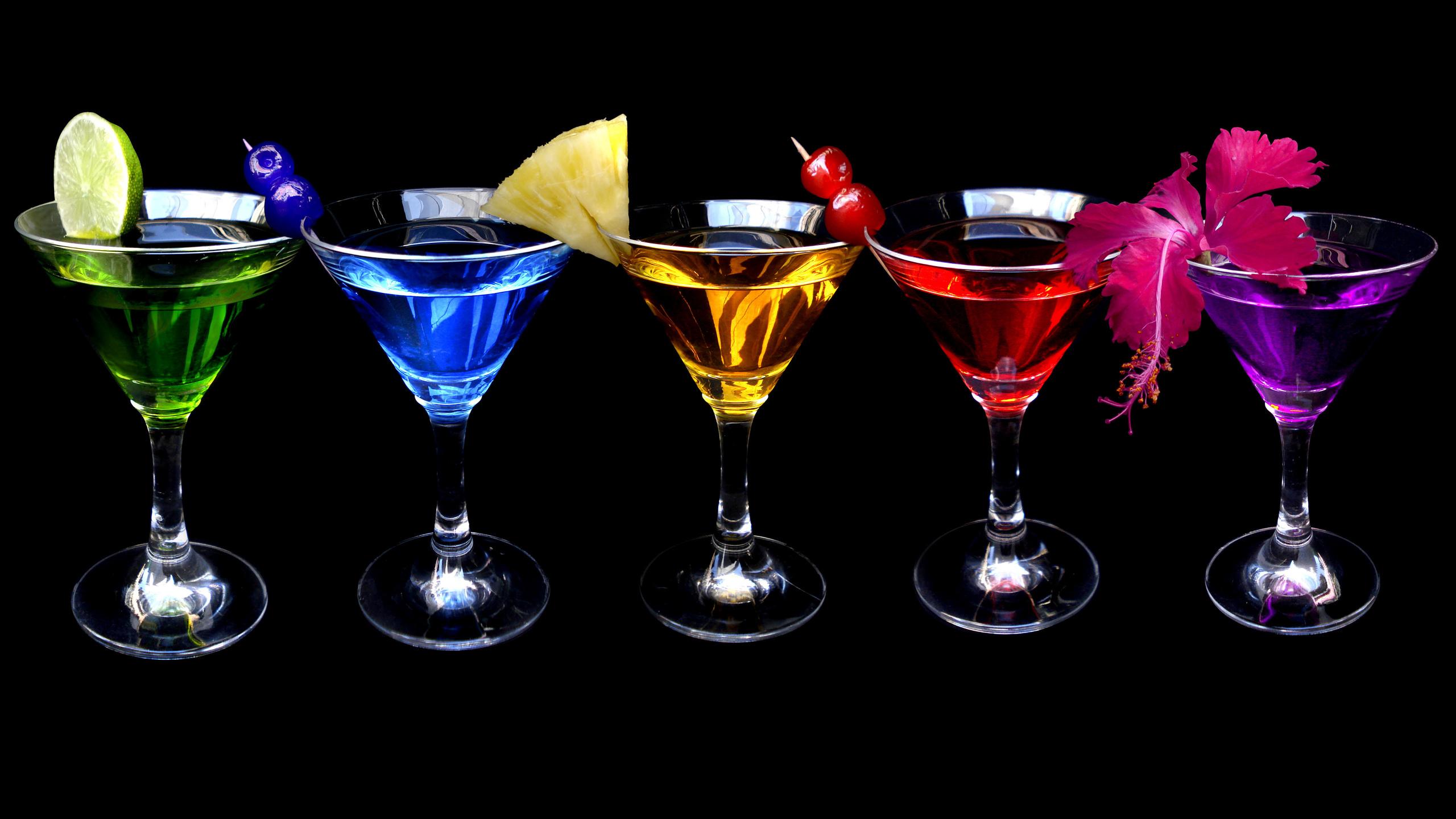 Картинки ярких коктейлей