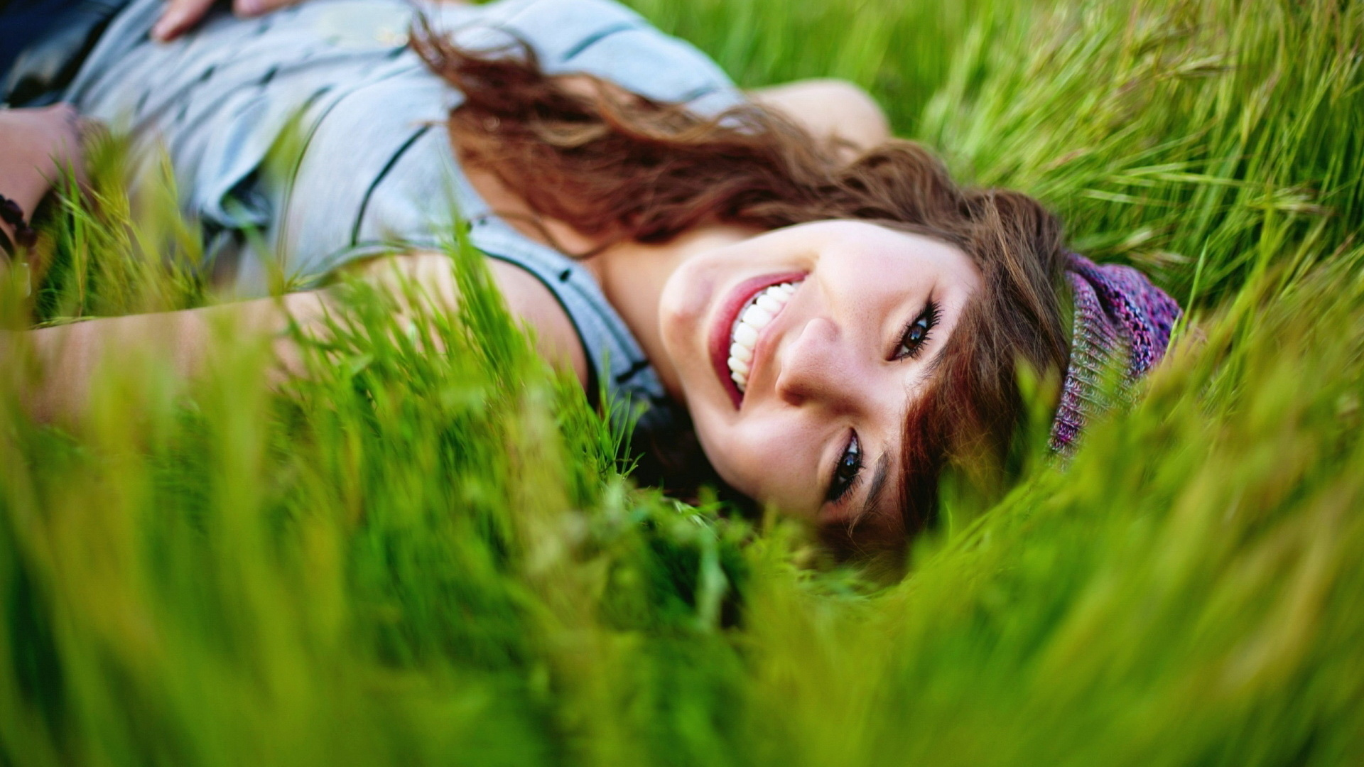 Веселые, позитивное настроение картинки цветы девушке