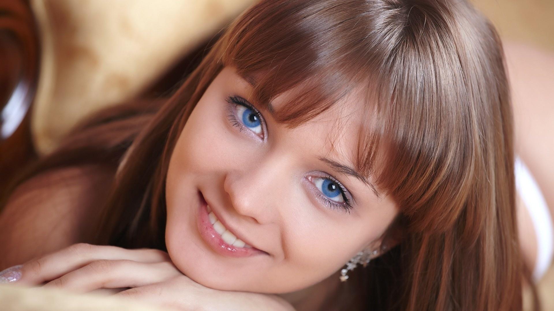 голубые глаза, лицо, улыбка, красивая, девушка